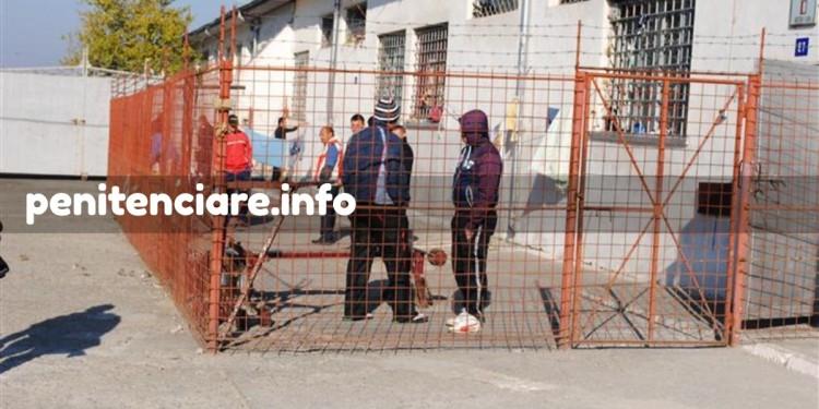 Capii protestelor transferati in alte penitenciare