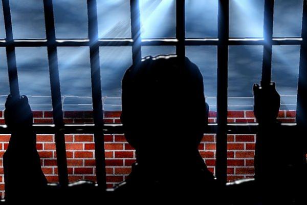 Revoltele din penitenciare – esecul jurnalistilor de manevra si al detinutilor de lux