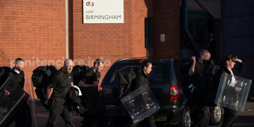 VIDEO | The Guardian: Proteste in Penitenciarul Birmingham