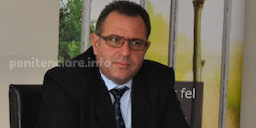 Directorul Penitenciarului Craiova, Adrian Becheanu, condamna gratierea initiata de Florin Iordache ca fiind netransparenta, neobiectiva si ilegala