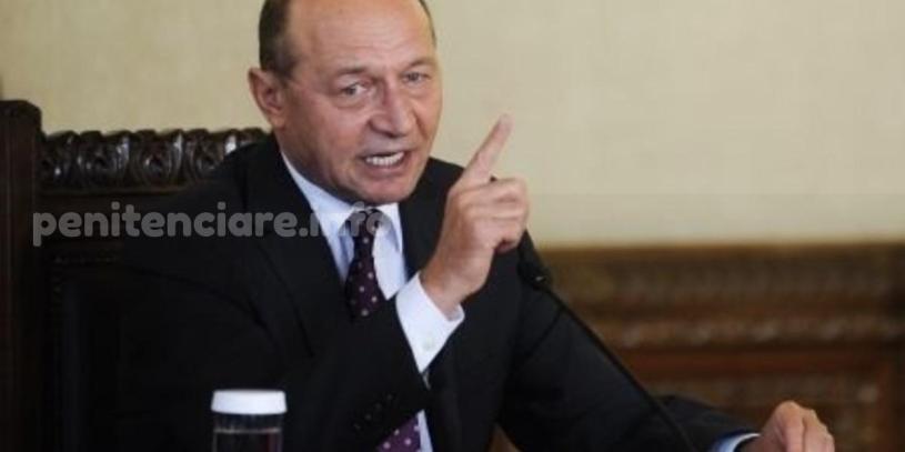 Basescu: Trebuie sa scoatem 10.000 de detinuti din inchisoare