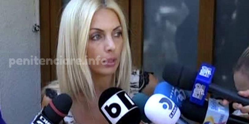 Sinuciderea detinutilor, motiv de prostie la avocate blonde