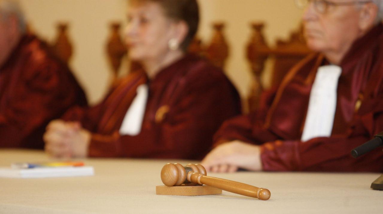 Legea puscariei de acasa atacata la Curtea Constitutionala