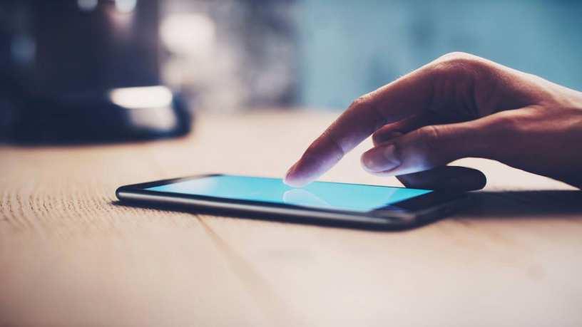 SMS-uri de imbarbatare si in concediu