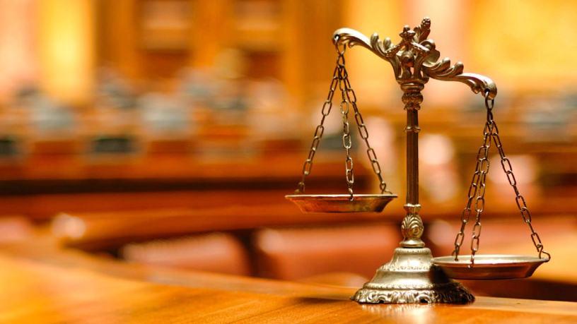 Balanta justitiei, inclinata periculos