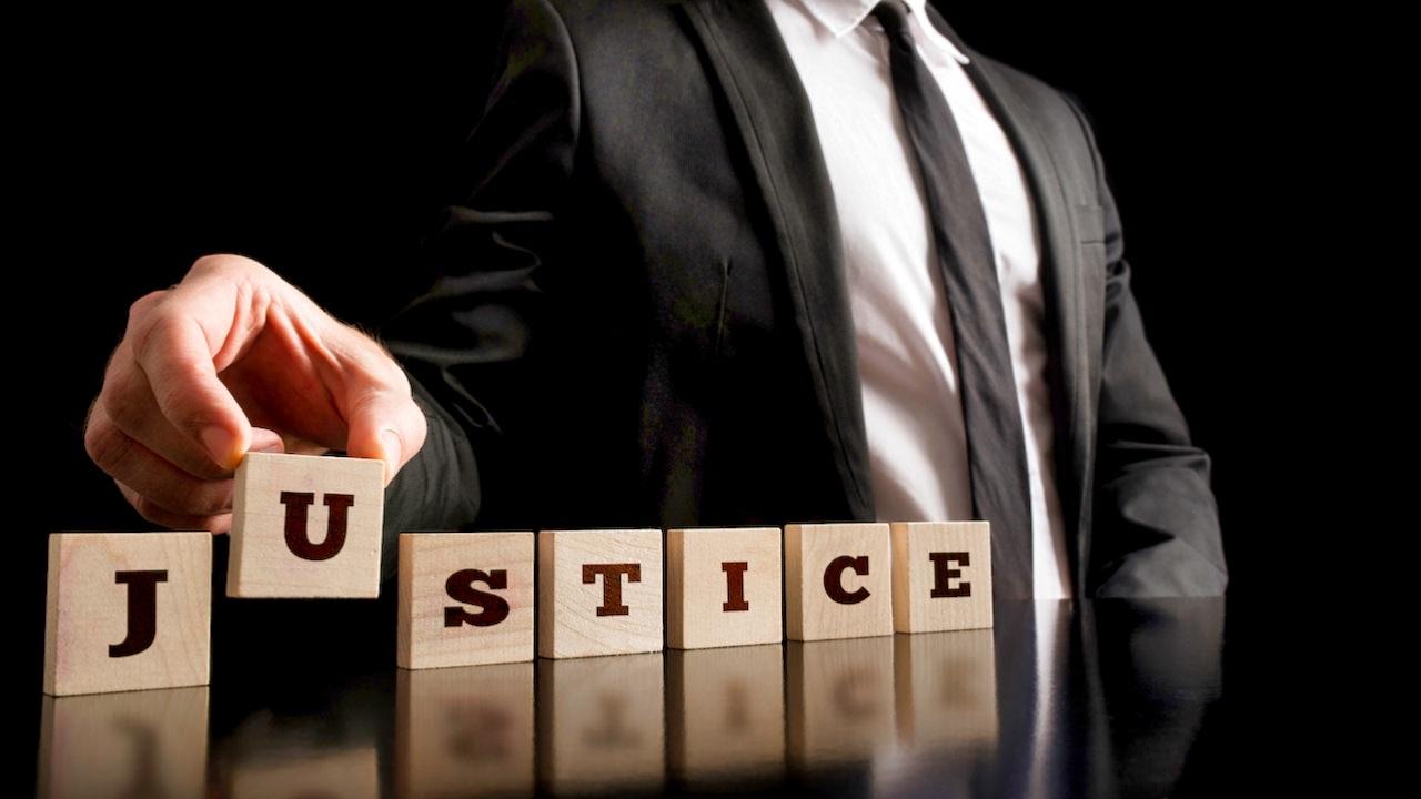 Vandalizarea justitiei