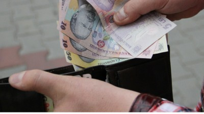 Problemele din salarizare au ramas nerezolvate