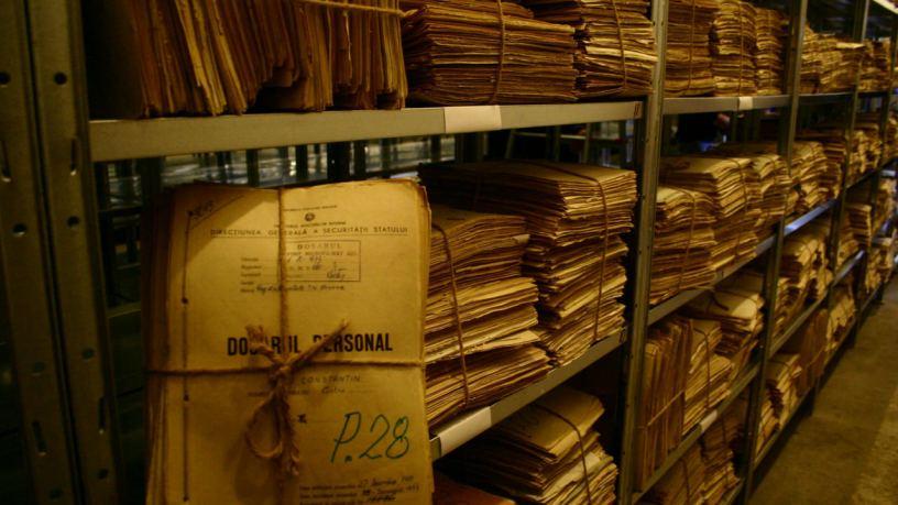 473 de km de documente arhivate in penitenciare