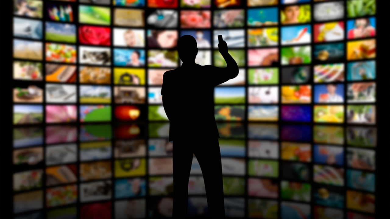 MASS-MEDIA |Detinut-vip favorizat sub privirile lui Tudorel Toader