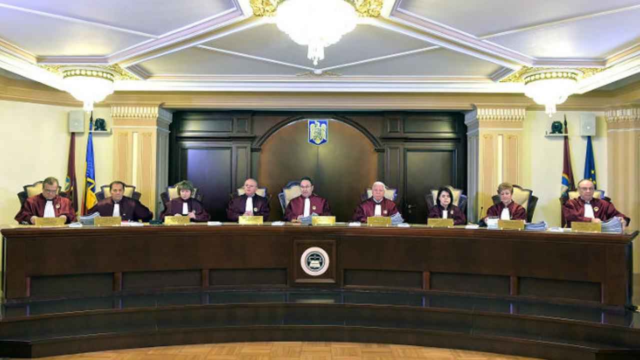 Decizie CCR: RETINERILE din SALARIU sunt neconstitutionale